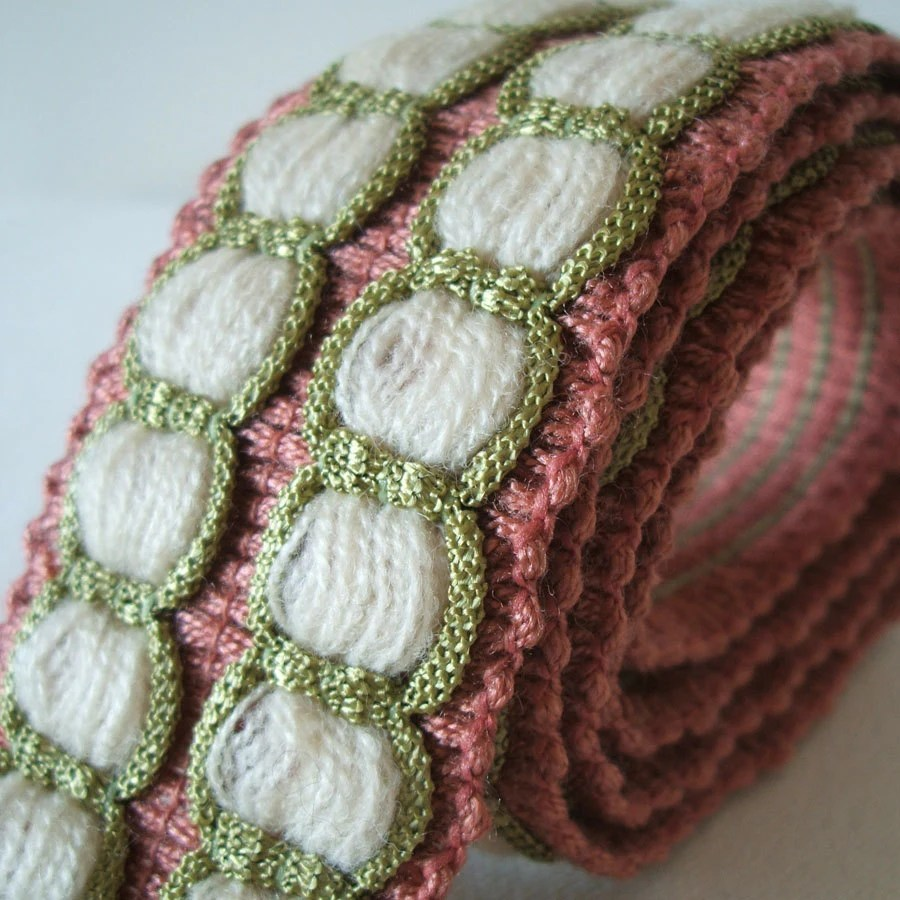 vintage woven trim in dusky pink, apple green and cream