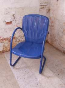 Royal Blue Vintage Metal Shell Lawn Chair Outdoor