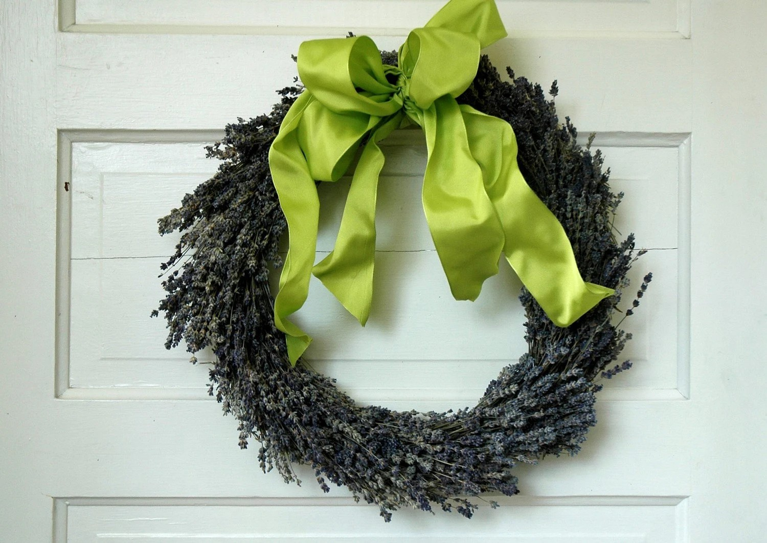 Dried English Lavender Wreath  with Lime Green Bow 14 inch diameter - paulajeansgarden