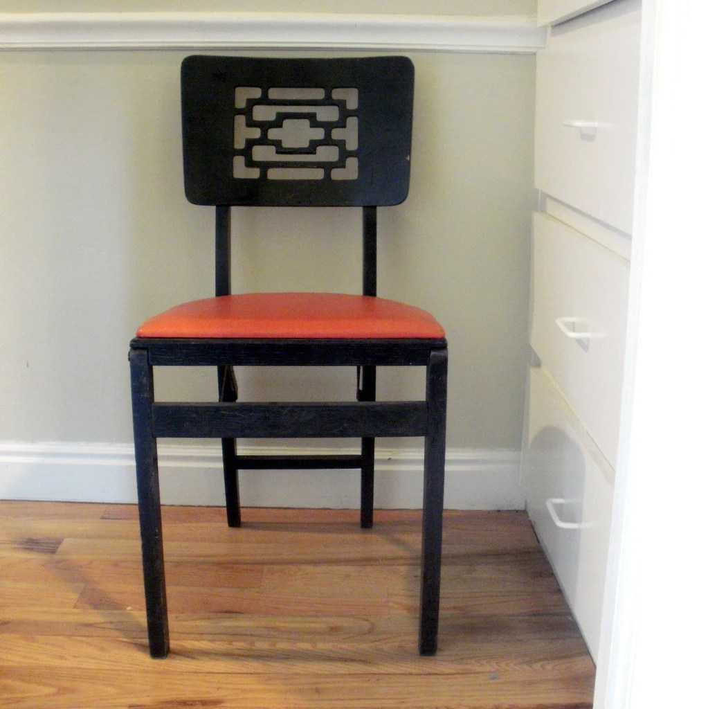 Two Deco Asian Style Stakmore folding chair Reserved