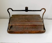 vintage 1910s wooden carpet sweeper by by Luncheonettevintage