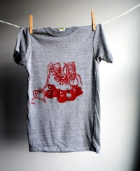 Roller Skates T-Shirt Man or Woman Eco-Heather Grey with