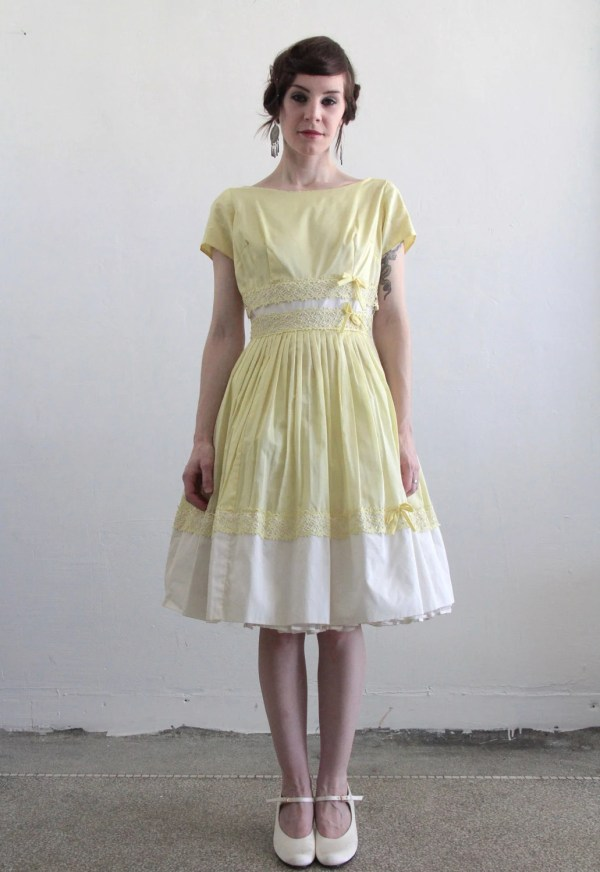 Vintage 1960s Dress . Pale Yellow White Lace Tea Length