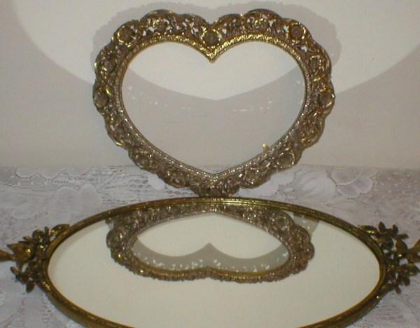 Gorgeous Ornate Metal Heart Shaped Frame Vintage