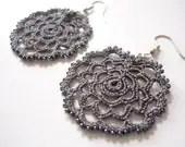 Rose Earrings in dark grey - Febystan