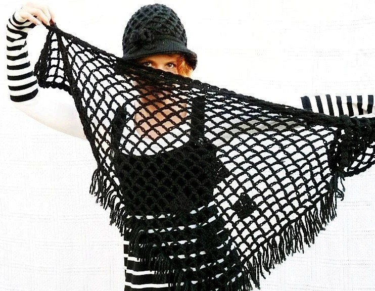 Triangle Shawl Hand crochet Classic Black Halloween - Nikifashion
