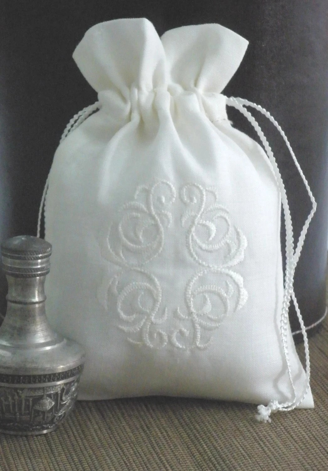 Personalized Classic Embroidery small sachet bags set of 12