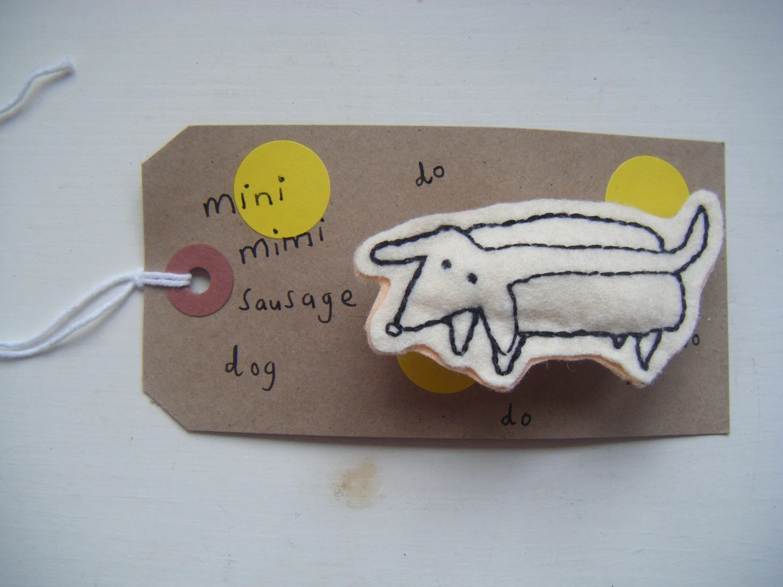 Mini Mimi Sausage Dog - alexmillerdesigns