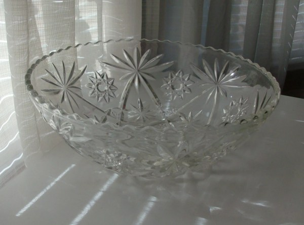 Large Clear Glass Serving Bowl