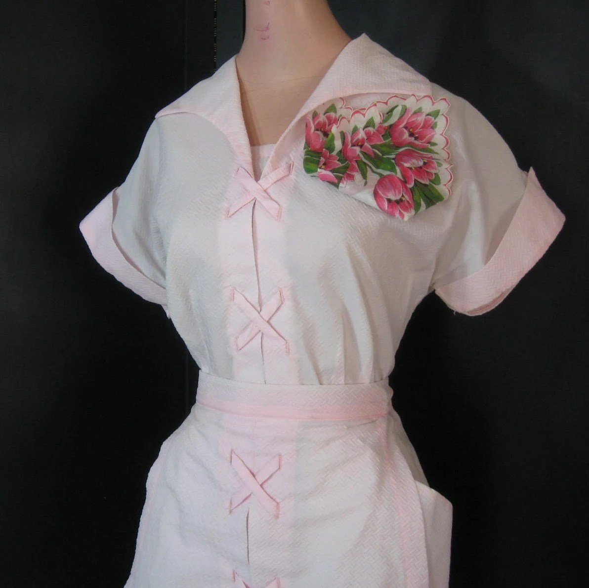 Vtg 1950s Pink Waitress Dress Apron Hankie by JuneeMoonVintage