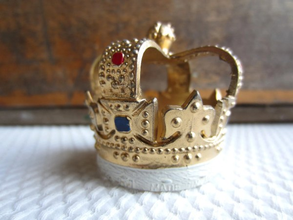 Vintage Royal Crown Cake Decorations Cupcake Topper Wilton Set