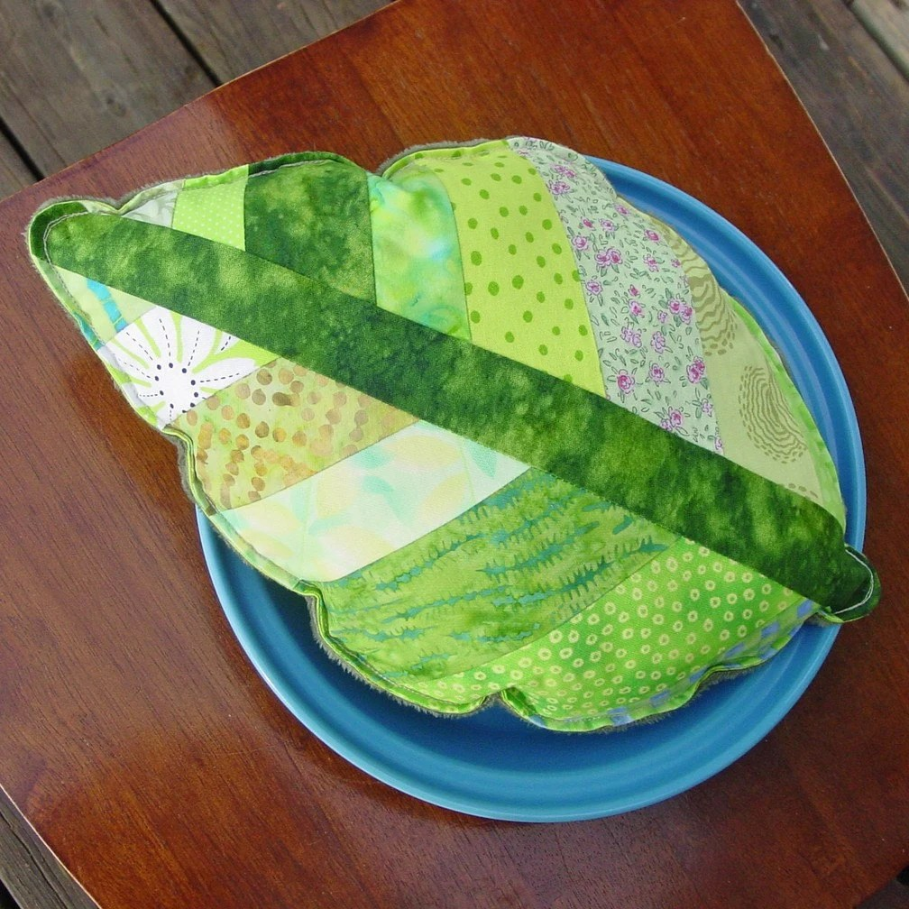 Leaf Shape Pillow - Plush - Nature Spring - Cotton - Minky - CoolTricks