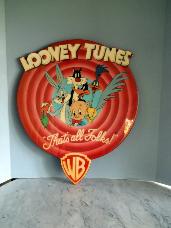 Wall Art Of Looney Tunes Large Bullseye Logo