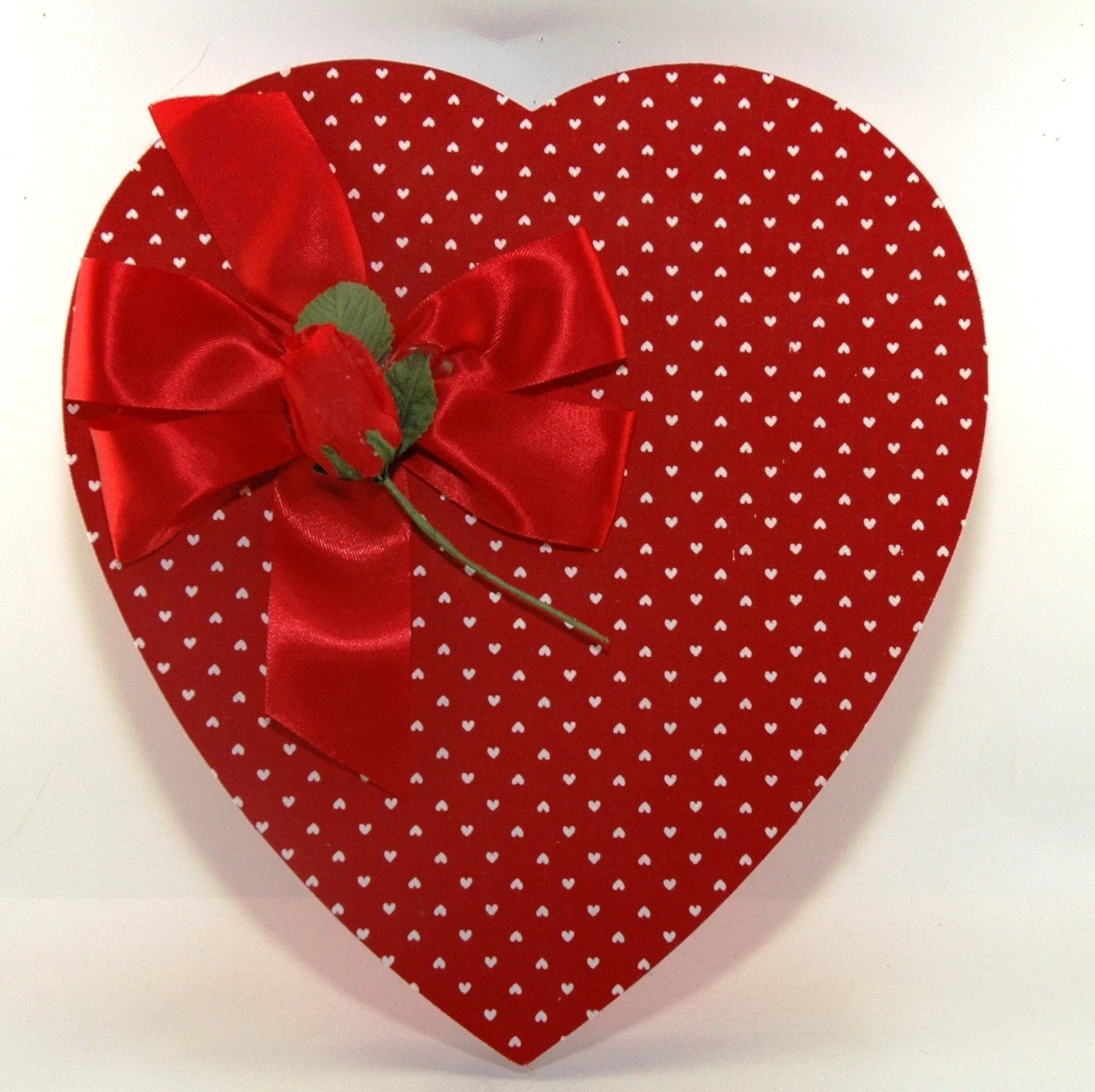 Vintage Valentine Red Dots Heart Shaped Candy Box