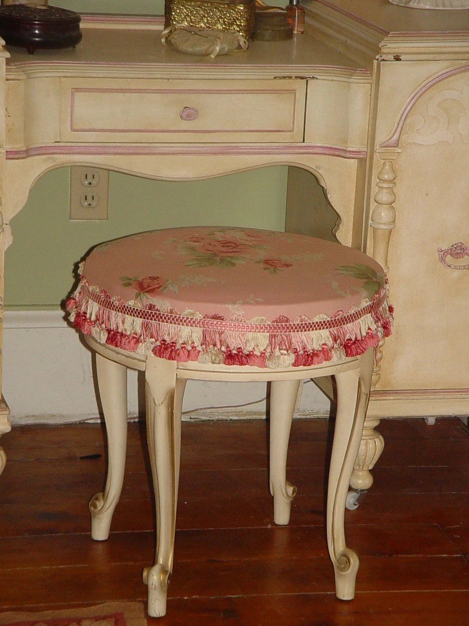 ANTIQUE FRENCH VANITY BENCH CABRIOLE LEG SHABBY by