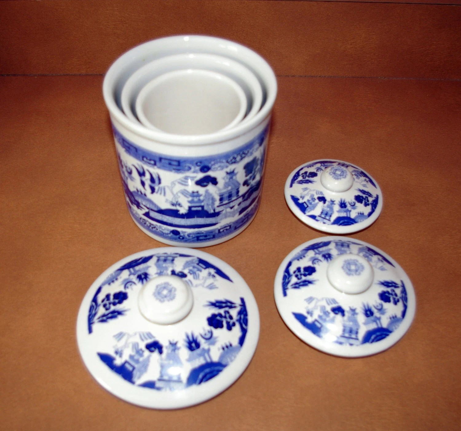 Willow Kitchen Canister Set of 3 Blue and White