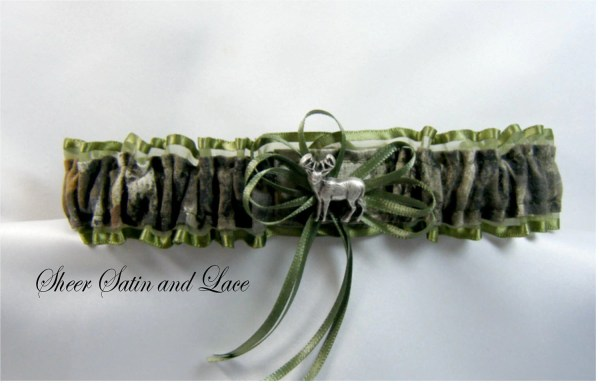 Mossy Oak Camouflage Wedding Garters Deer Sheersatinandlace