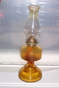 Vintage Eagle Amber Hurricane Oil Lamp