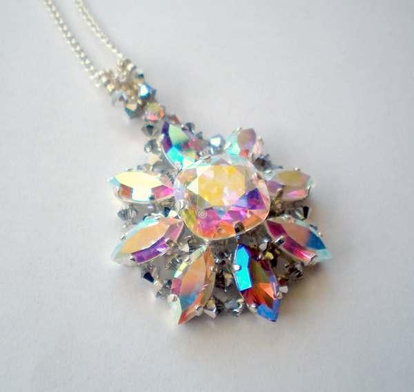 Swarovski Crystal Star Pendant Necklace Toosweetmagnolias
