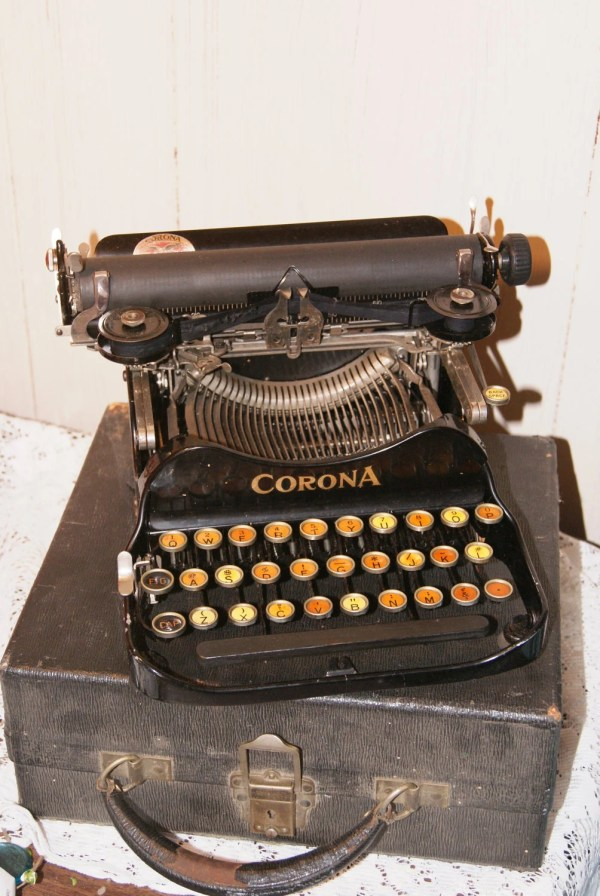 Corona Folding No3 Typewriter Vintage Writer