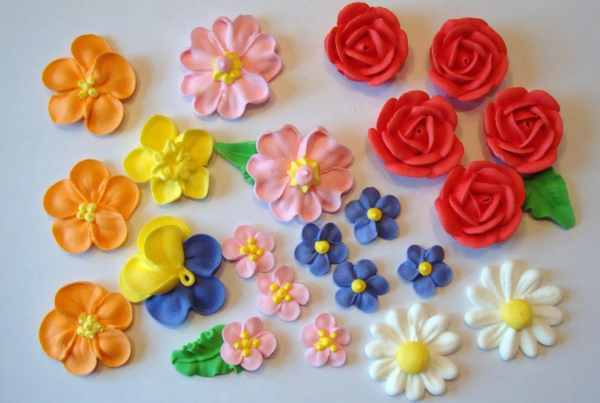 Lot Of 100 Royal Icing Flowers Cake Decorating Mochasof