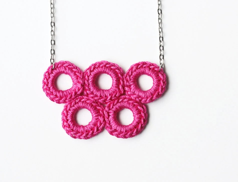 Bubble jewelry Pink geometric necklace - violasboutique