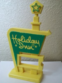 Vintage Kitsch Holiday Inn Sign 1970'