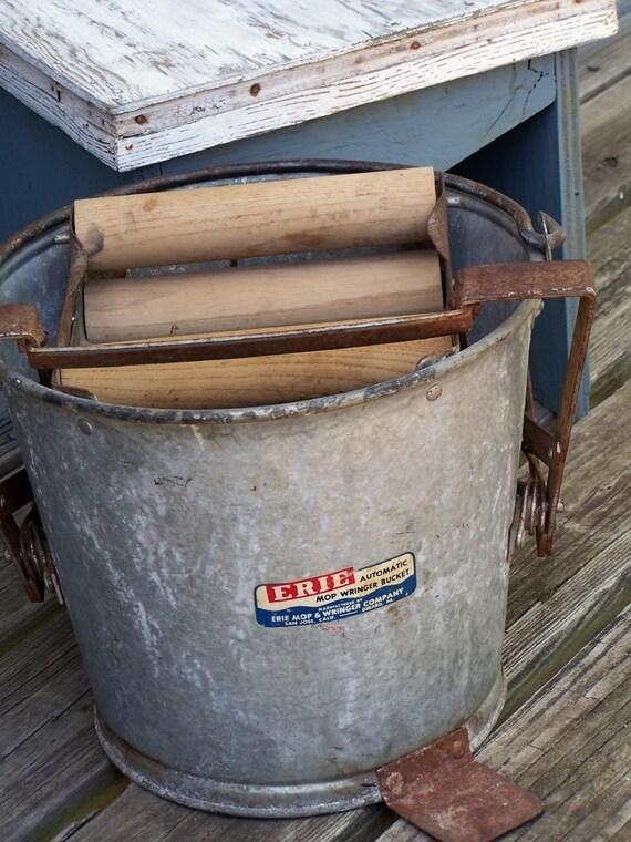White Mop Bucket Wringer