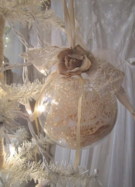 Large Shabby Chic Vintage Lace Ornaments Set Of 4 Country