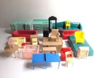 25 Pieces Vintage Plastic Dollhouse Furniture