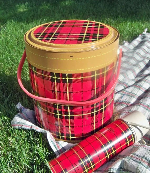 1950s Red and Black Tartan Plaid Picnic Cooler Skotch