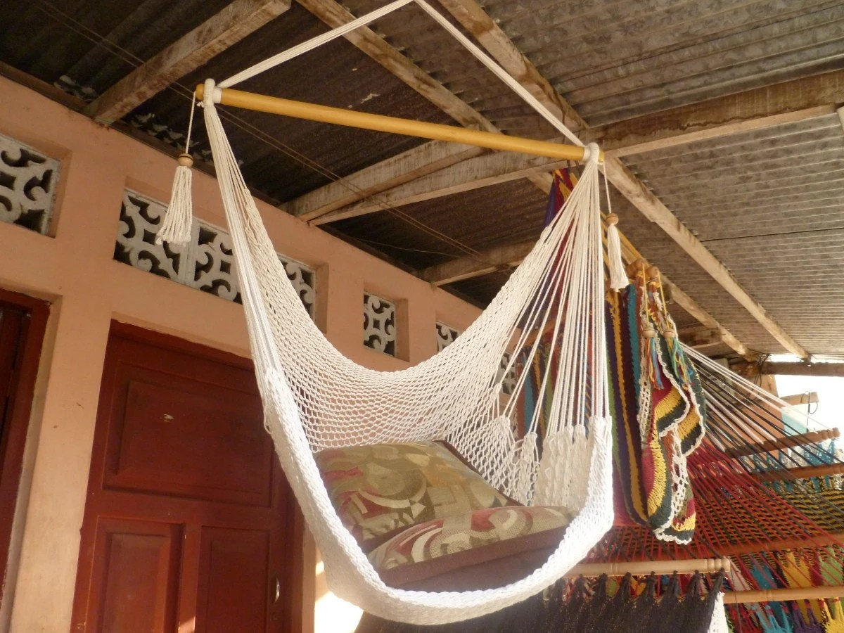 Beige Sitting Hammock Hanging Chair Natural Cotton and Wood