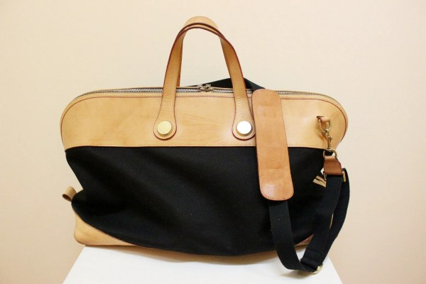 Vintage Dooney And Bourke Travel Duffle Bag With Grassdoll