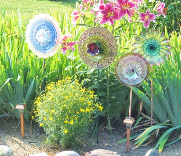 Garden Flower Outdoor Decor Recycled Glass Plate Jarmfarm