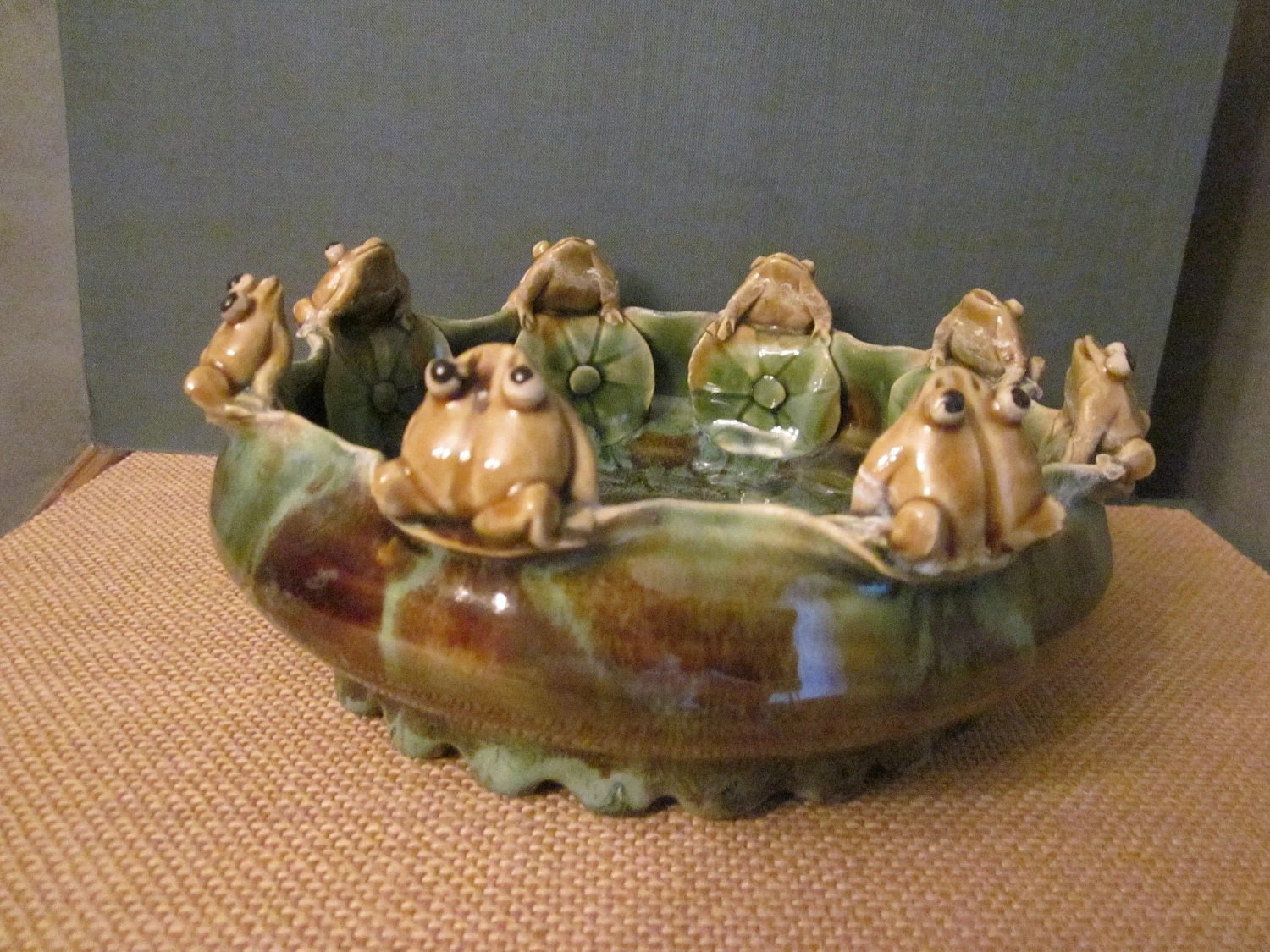Art Pottery Bowl A Circle of Frog Friends by WhatsOnTheShelf
