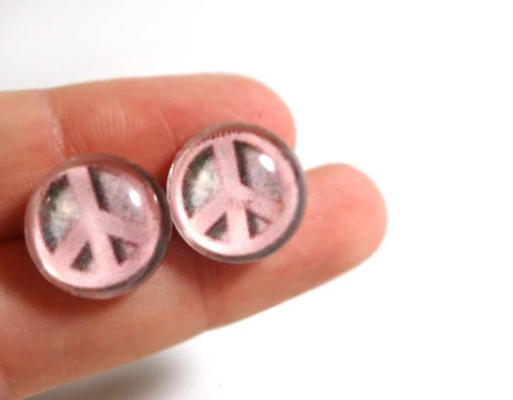 Cute Pink Peace Sign Earrings - Glamour365