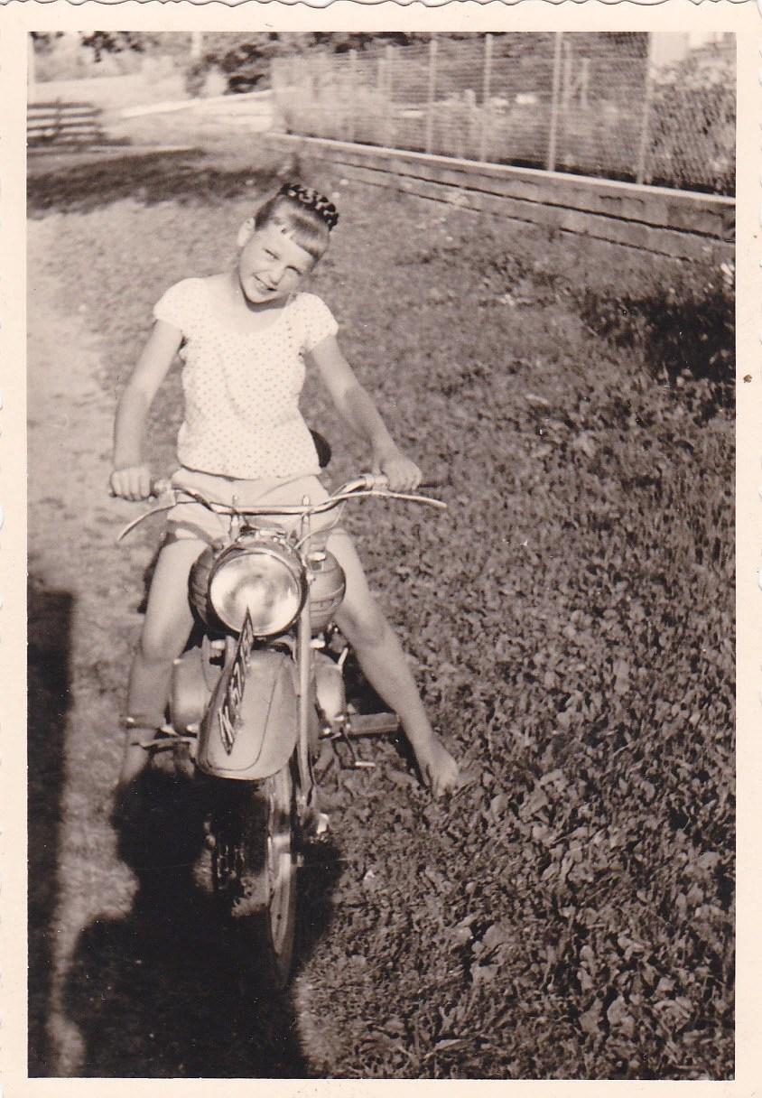 Costume Chick Biker 50s