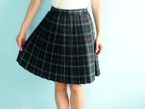 Vintage pleated plaid mini skirt navy blue green