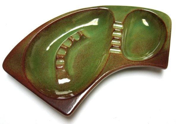 Vintage Curved Green Ashtray Royal Haeger 117 Mad Men Style