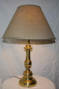 Vintage solid brass Stiffel table lamp circa 1960s or 70s 3