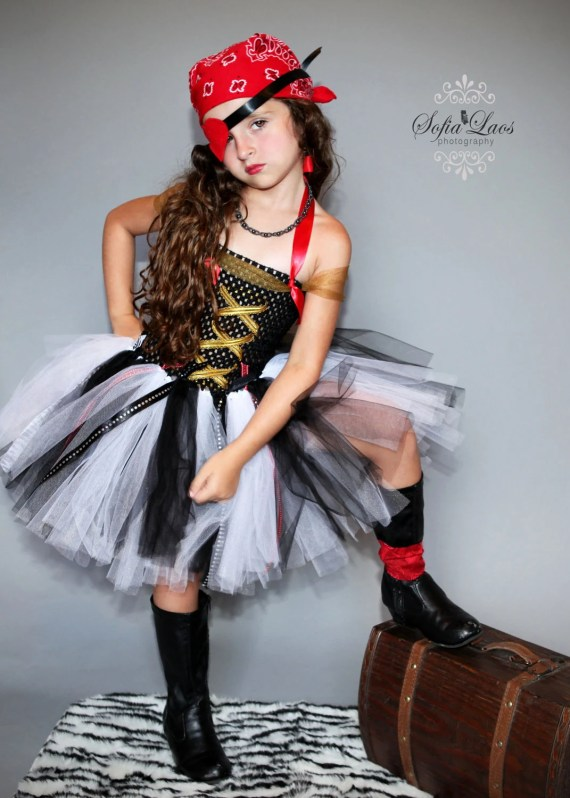Sassy Girl PIrate Costume - SofiasCoutureDesigns