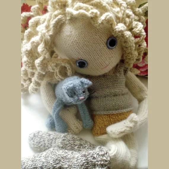 Pixie - a New Knitted Doll