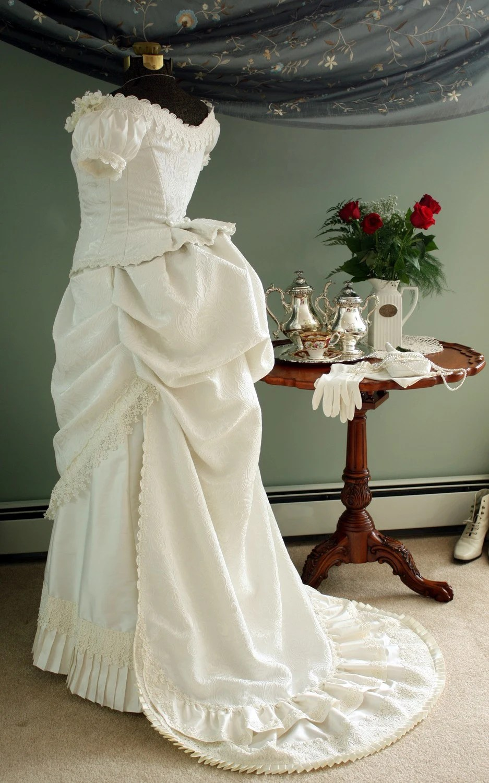 Ivory Victorian Wedding Bustle Dress Gown