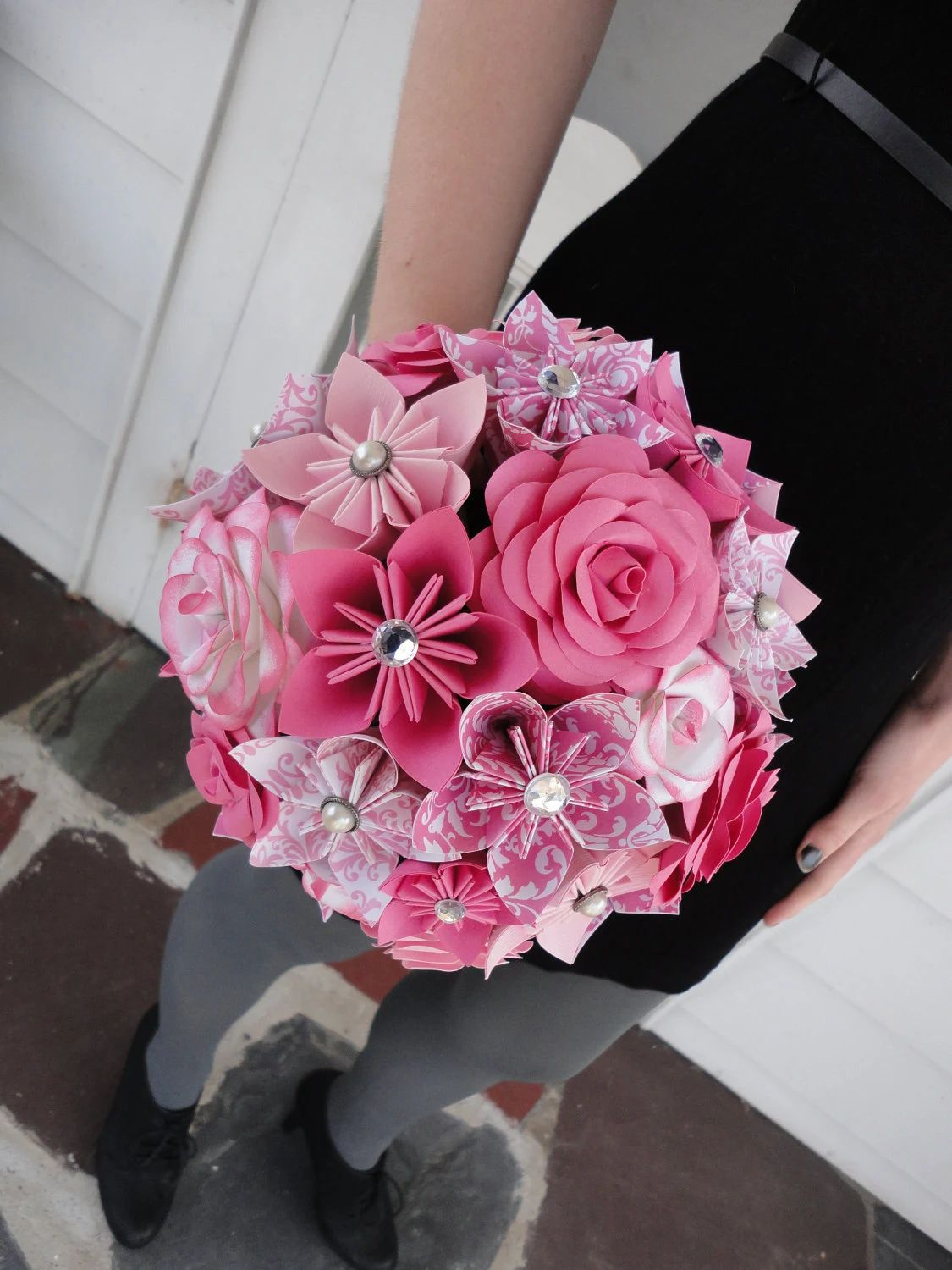 how to make a flower bouquet out of paper