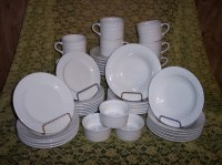 40 Piece Totally Today Fans and Dots Solid White Party Dishes