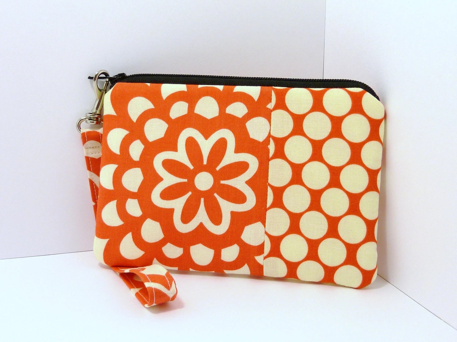 iPhone Wristlet Padded Cell Phone Zipper Purse Camera Pouch - Amy Butler Lotus Flower Patchwork Red