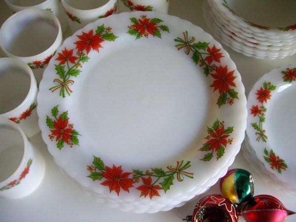 Vintage Christmas Holidays Dinnerware Set 7 Milk