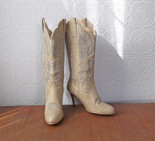 White Cowgirl Boots High Heel Cowboy Blue And Gold