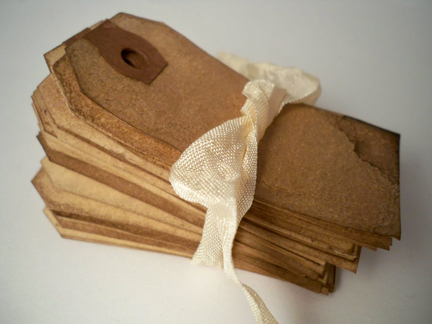 Items Similar To 400 SMALL Hang Tag Gift Tag. Vintage