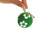 Green macaron coin case - mini wallet, keychain purse - Bubabuba